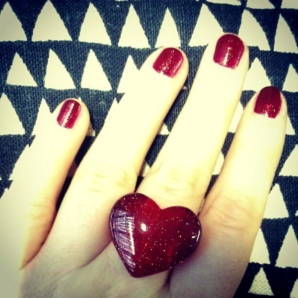 Things-I-Love-Thursday-Red-Glitter