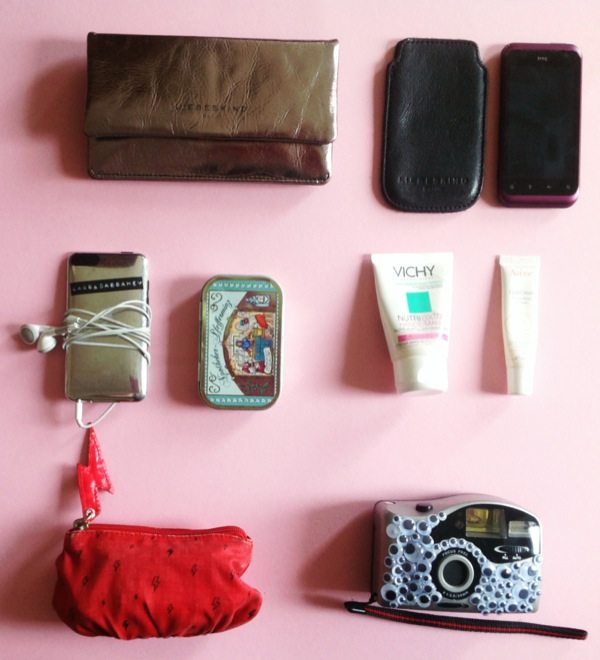 Whats-in-my-Bag-Stuff