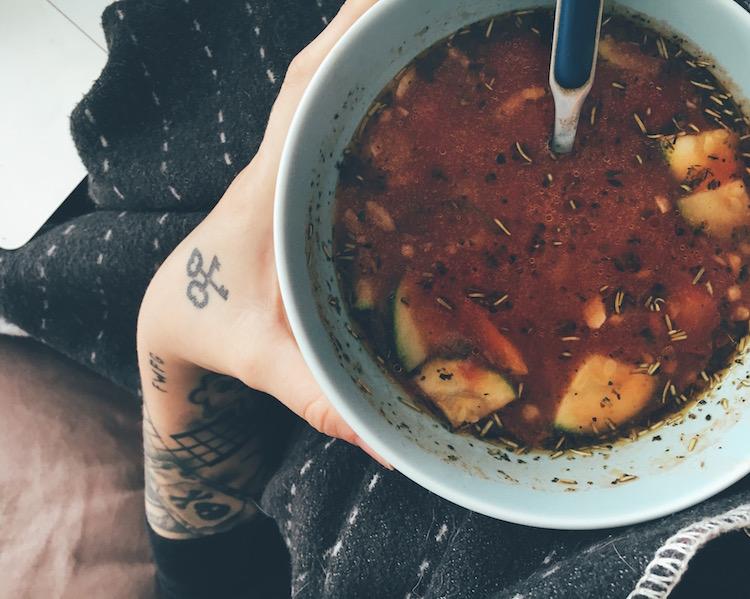 Scharfe Gemüsesuppe